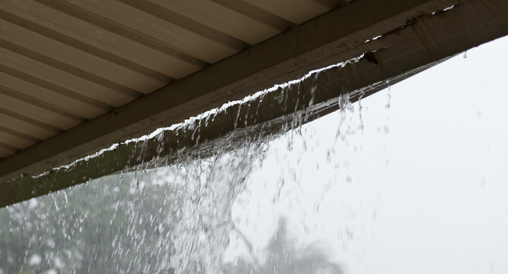 Image of a leaking gutter